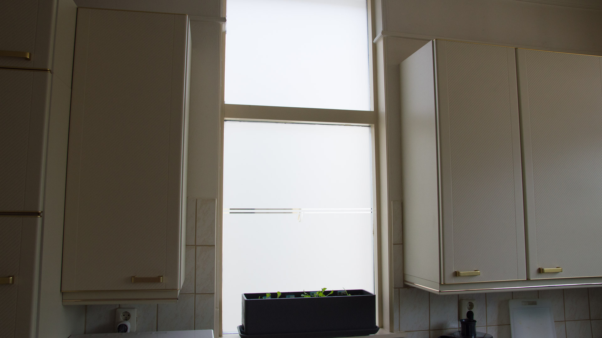 11 raamfolie gesneden eigen ontwerp keuken PLAKhetZelf